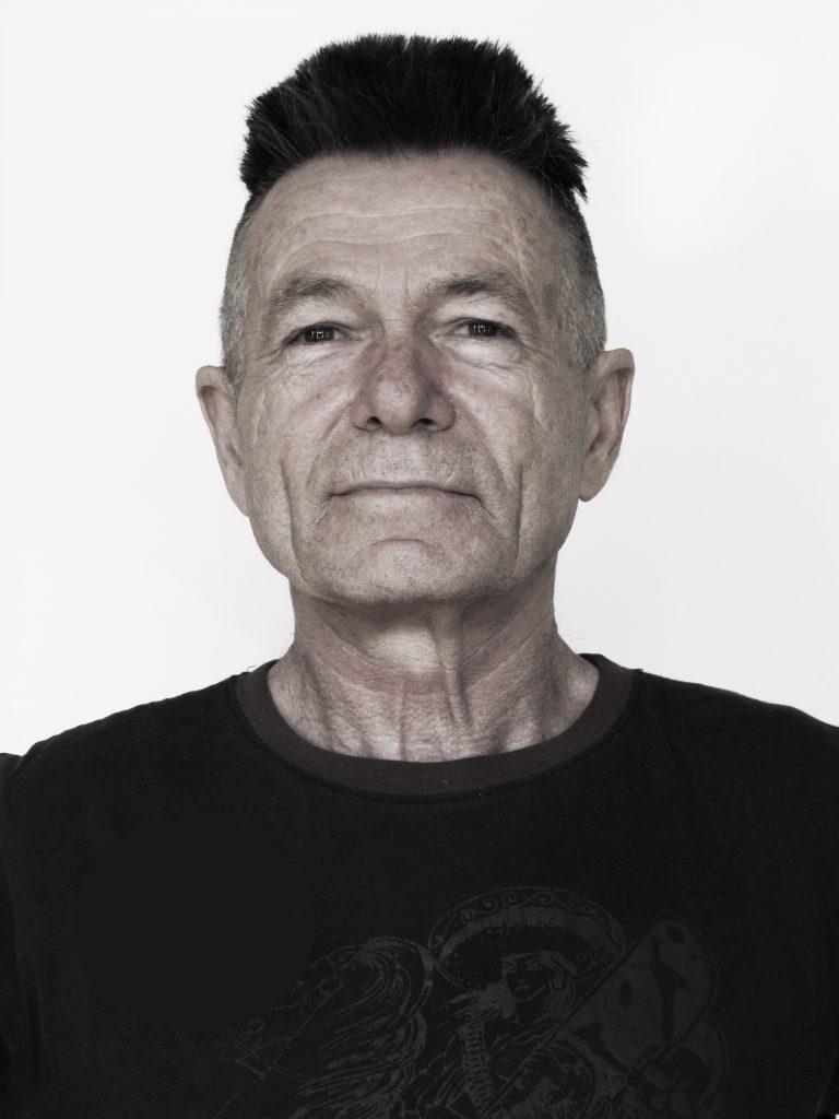 Bob Desautels peintre et sculpteur